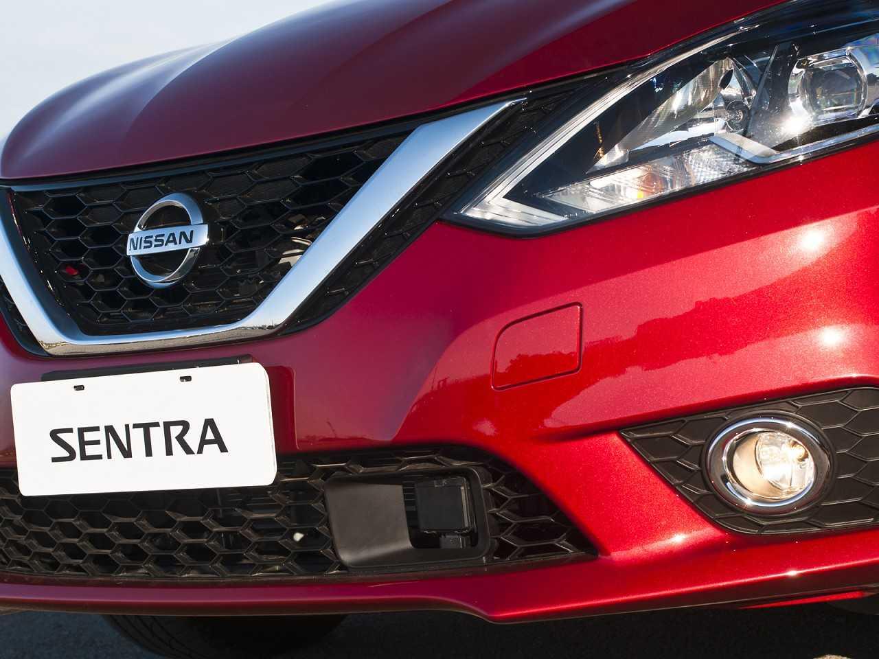 NissanSentra 2017 - grade frontal