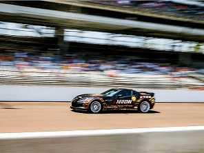 Tetrapl�gico atinge 245 km/h em carro de corrida