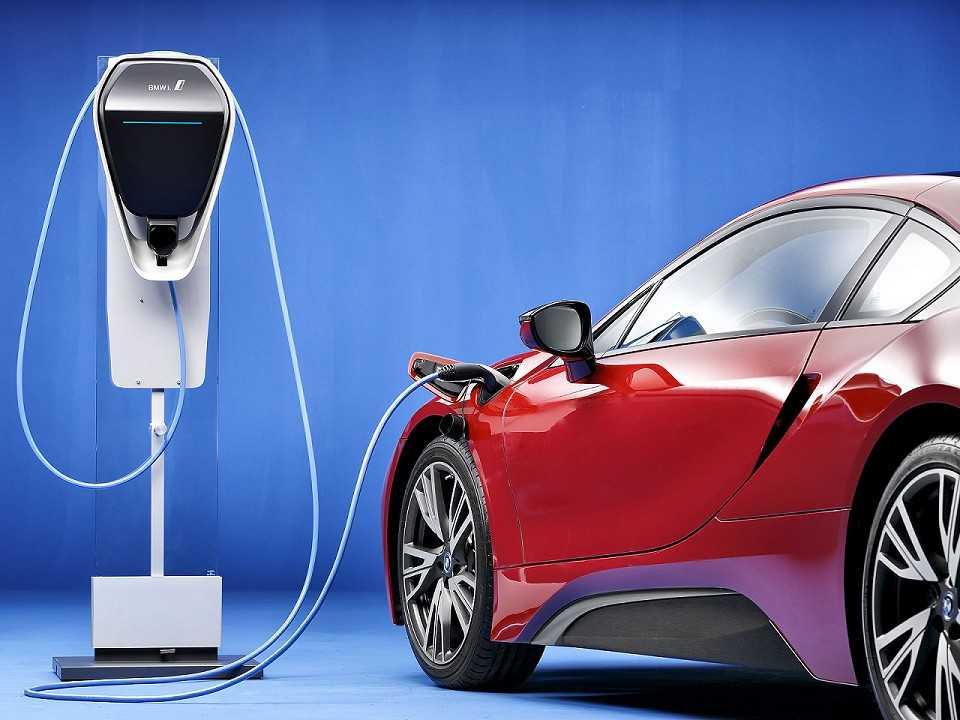 BMW i8 híbrido plug-in