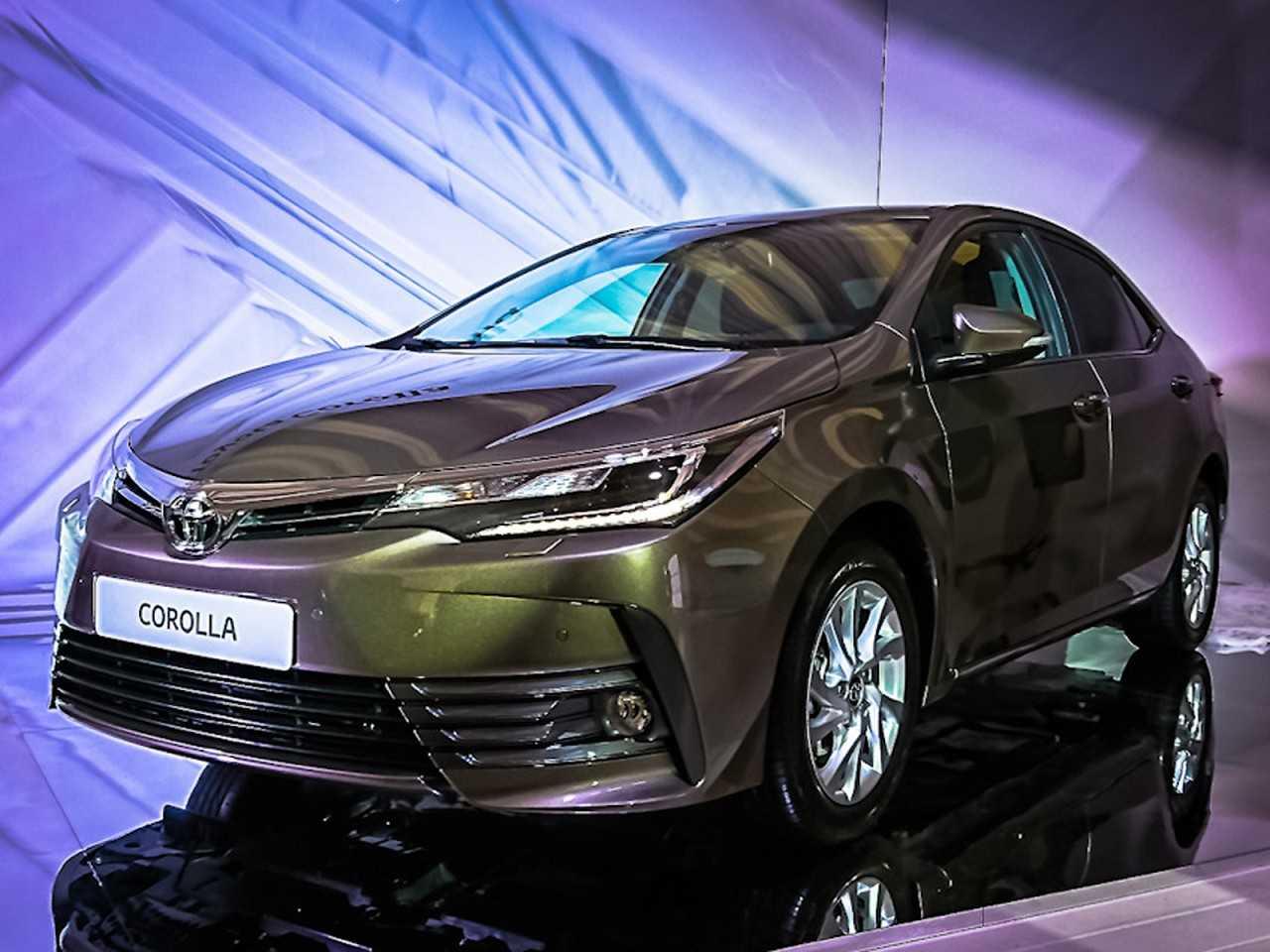 Toyota Corolla 2017 é revelado na Rússia
