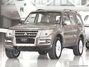 Escolhendo entre dois Mitsubishi Pajero
