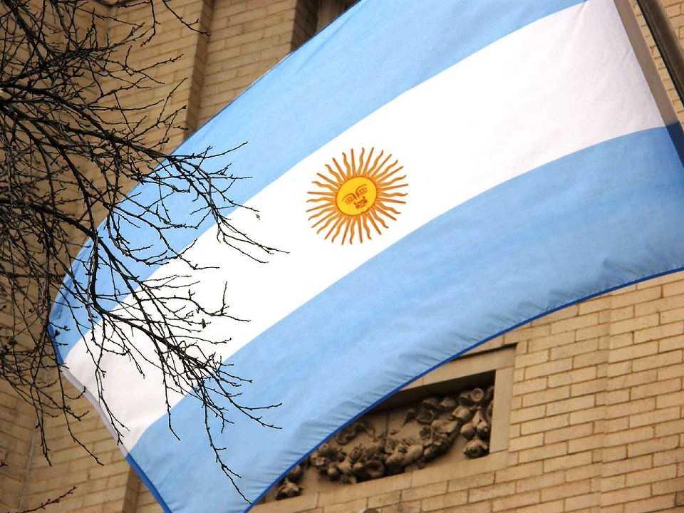 'Clarín': Macri, governadores e parlamentares argentinos se reúnem com políticos do Brasil