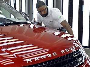 Range Rover Evoque nacional já está nas lojas