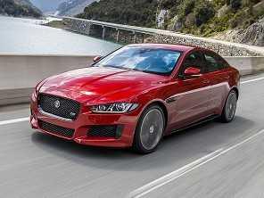 Jaguar XE traz novidades para 2017