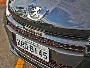 Novos Peugeot 208 e Citroën C3 devem ser produzidos na Argentina