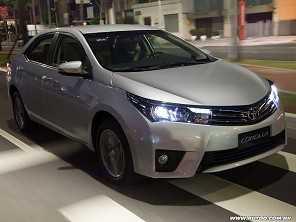 Toyota Corolla já tem duas versões acima de R$ 100.000