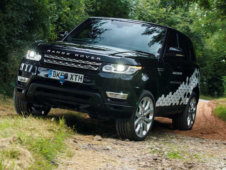 Range Rover autônomo em teste no percurso off-road