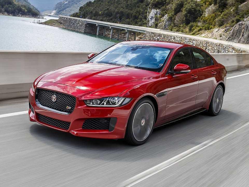 Jaguar XE 2017