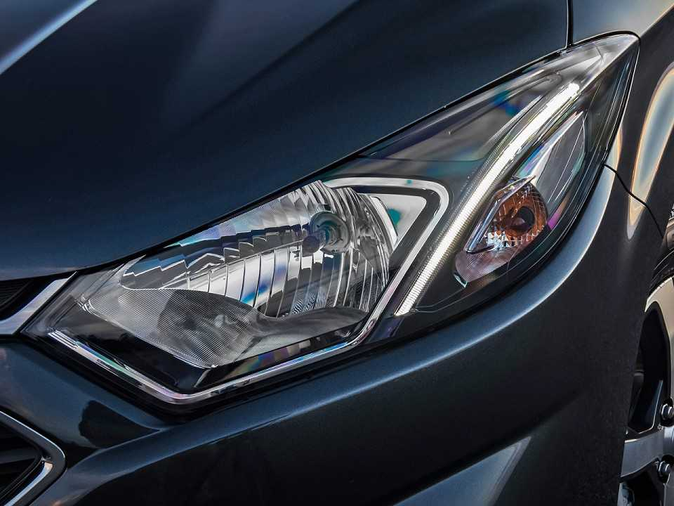 ChevroletOnix 2017 - faróis