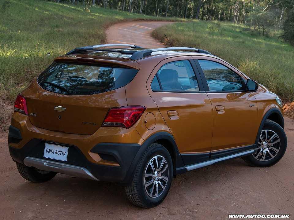 ChevroletOnix 2017 - ângulo traseiro