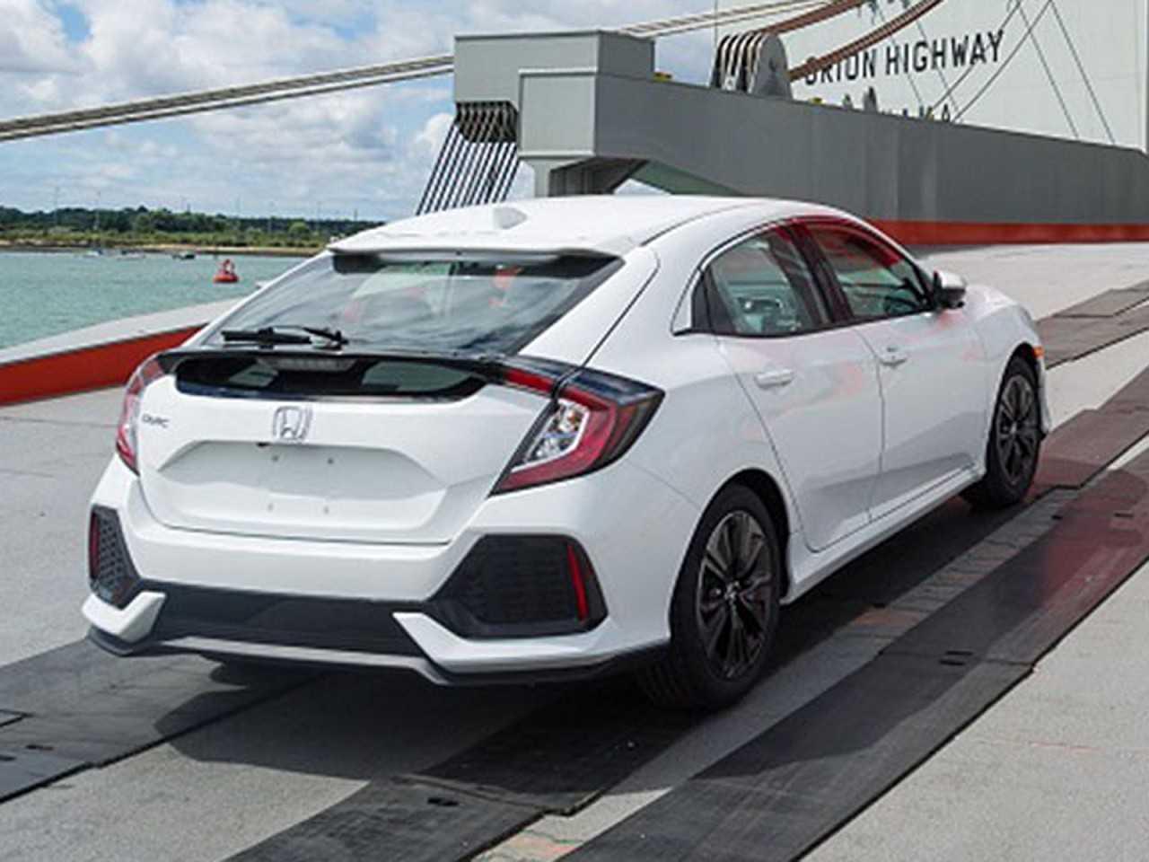 O novo Honda Civic hatch 2017 é flagrado