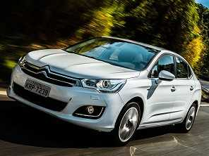 Duelo em casa: Peugeot 408 ou Citroën C4 Lounge, ambos THP?