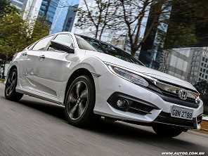 Novo Civic j� faz estragos nas vendas do Corolla