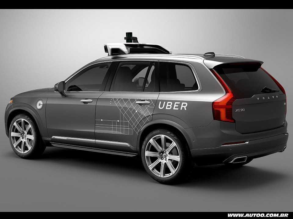 Volvo XC90 com tecnologia de condu��o aut�noma preparado pela Uber
