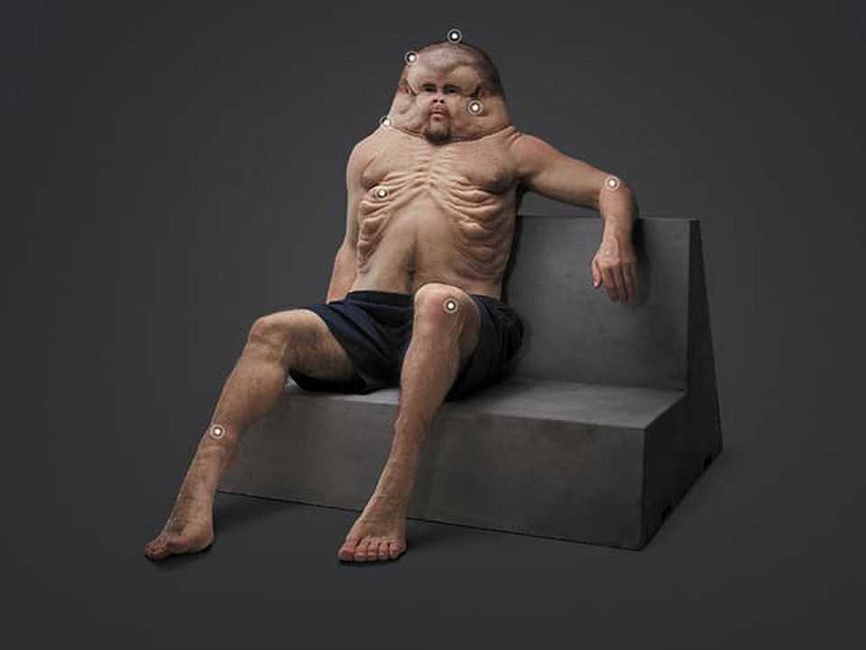 Acima o Graham, boneco que mostra como seria o corpo humano ideal para sobreviver a todos os tipos de acidentes de carro