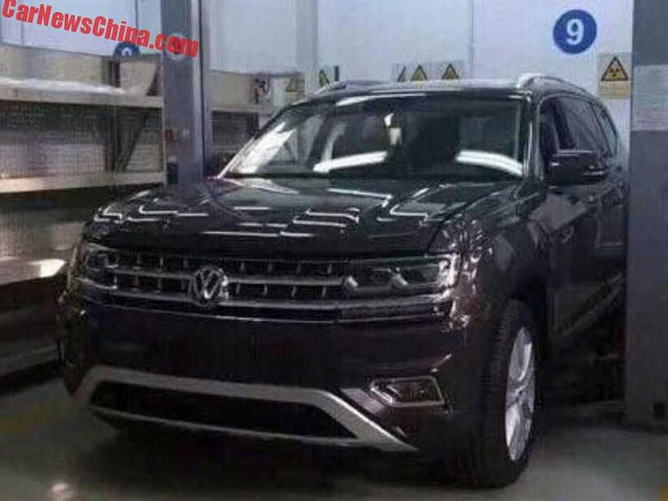 Volkswagen Teramont flagrado na China