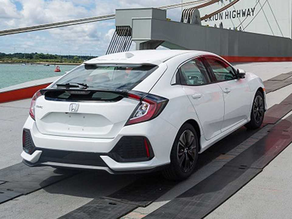 O novo Honda Civic hatch 2017 é flagrado
