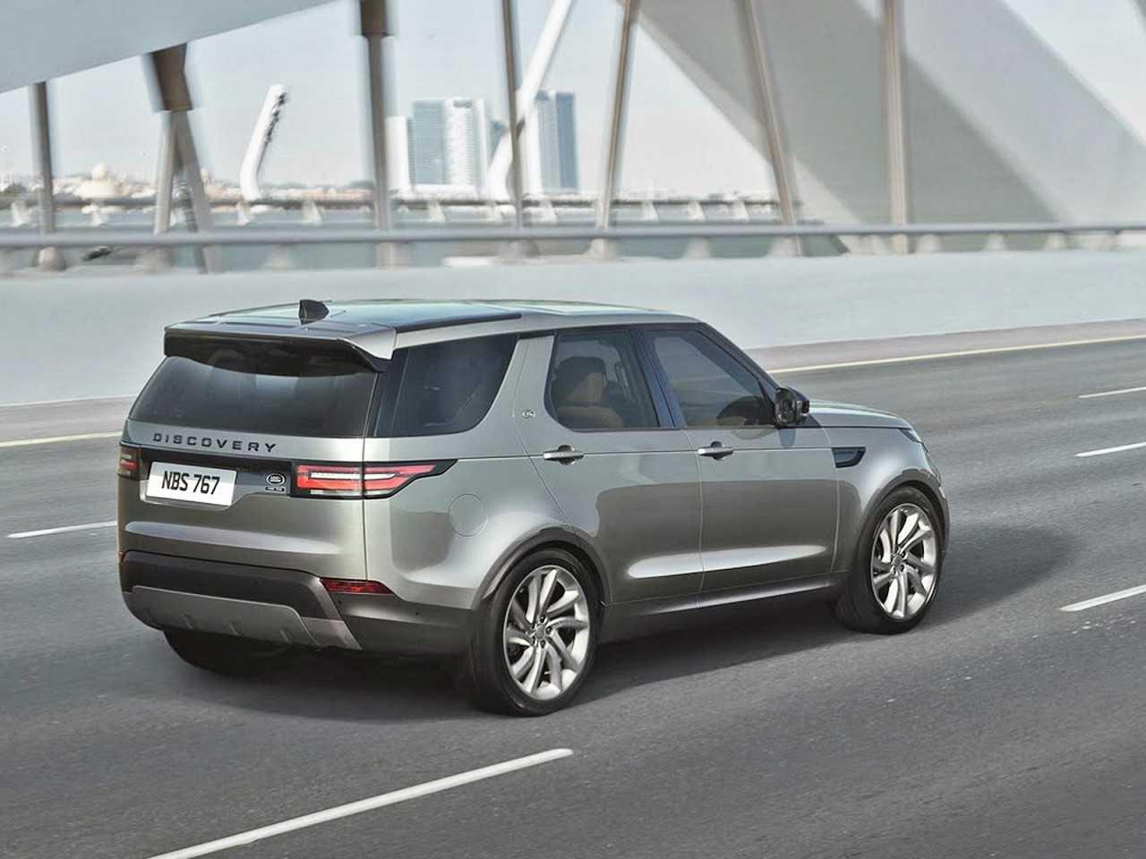 Land RoverDiscovery 2018 - ângulo traseiro