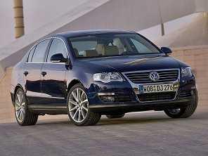 Entre um Hyundai Azera 2009 e um Volkswagen Passat 2008