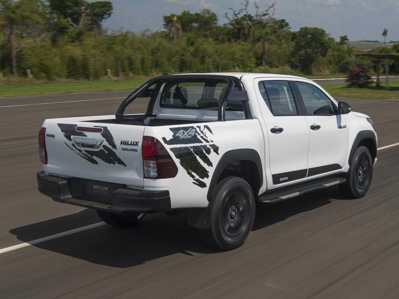 ToyotaHilux 2018 - ângulo traseiro