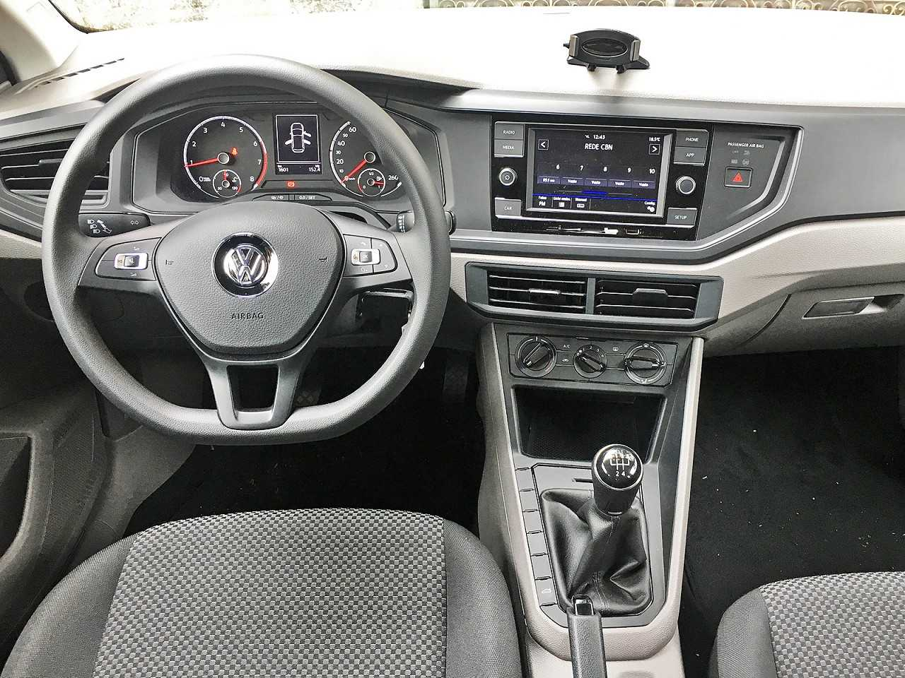 Volkswagen Polo 2018 - painel