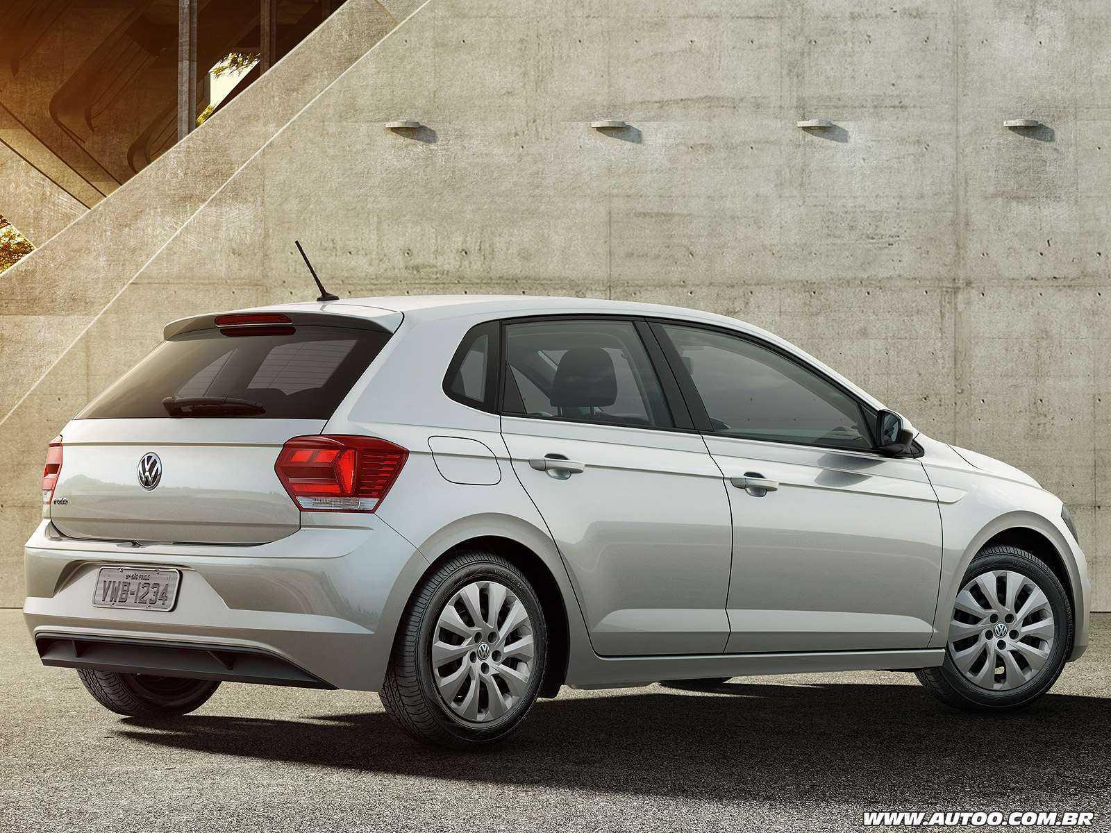 VolkswagenPolo 2018 - ângulo traseiro