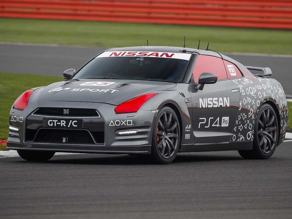 Nissan GT-R /C, o primeiro carro do mundo comandado por um controle de videogame