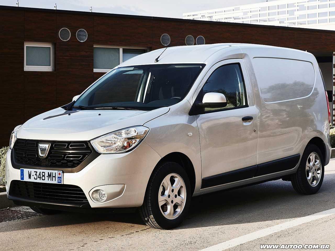Acima a Dacia Dokker, que no Brasil e região vai substituir o Renault Kangoo