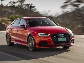 Audi RS 3 Sedan tem prévia no Salão Duas Rodas