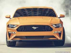 Ford Mustang chega às lojas do Brasil em março