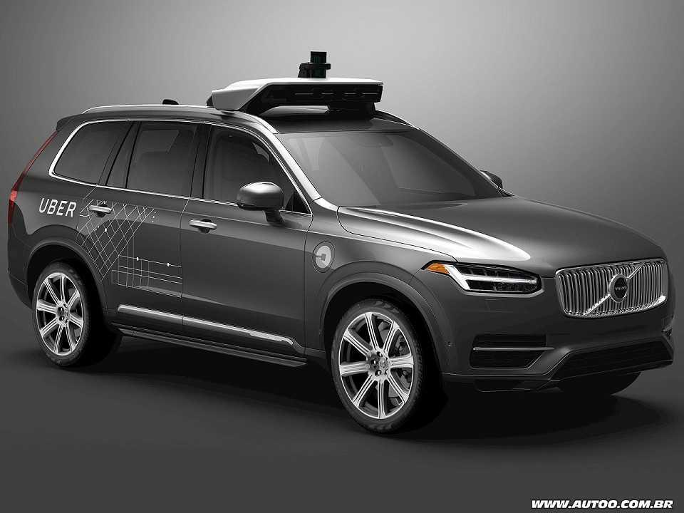Acima uma unidade do Volvo XC90 que fará parte da frota dos táxis robô da Uber nos EUA