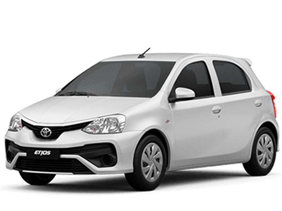 Acima o Toyota Etios 2018 na versão X automática