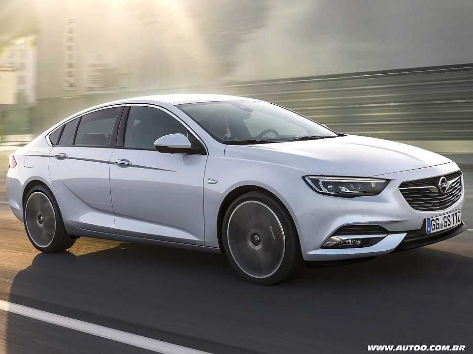 Opel Insignia Grand Sport, o sucessor do Vectra na Europa