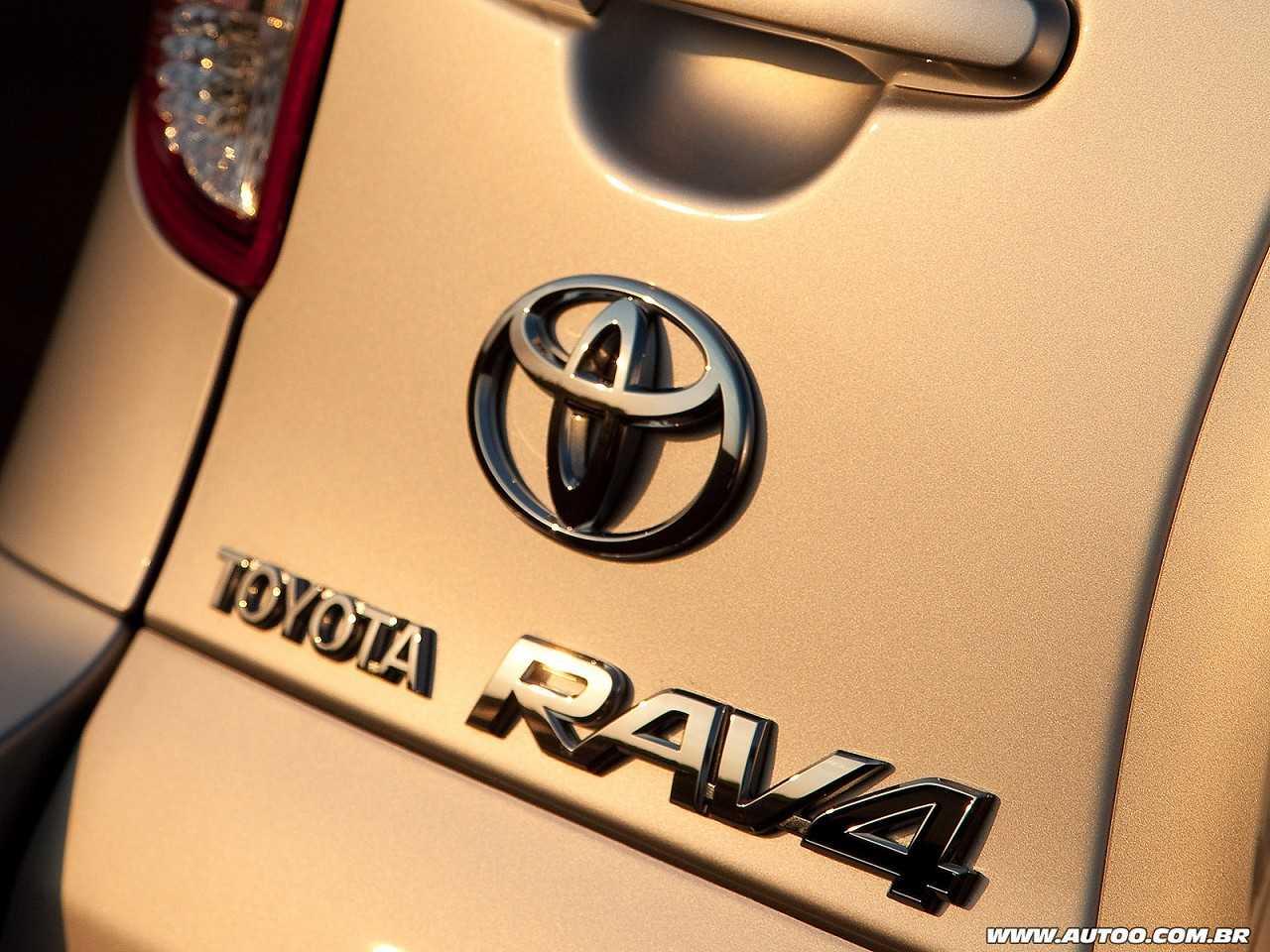 ToyotaRAV4 2011 - outros