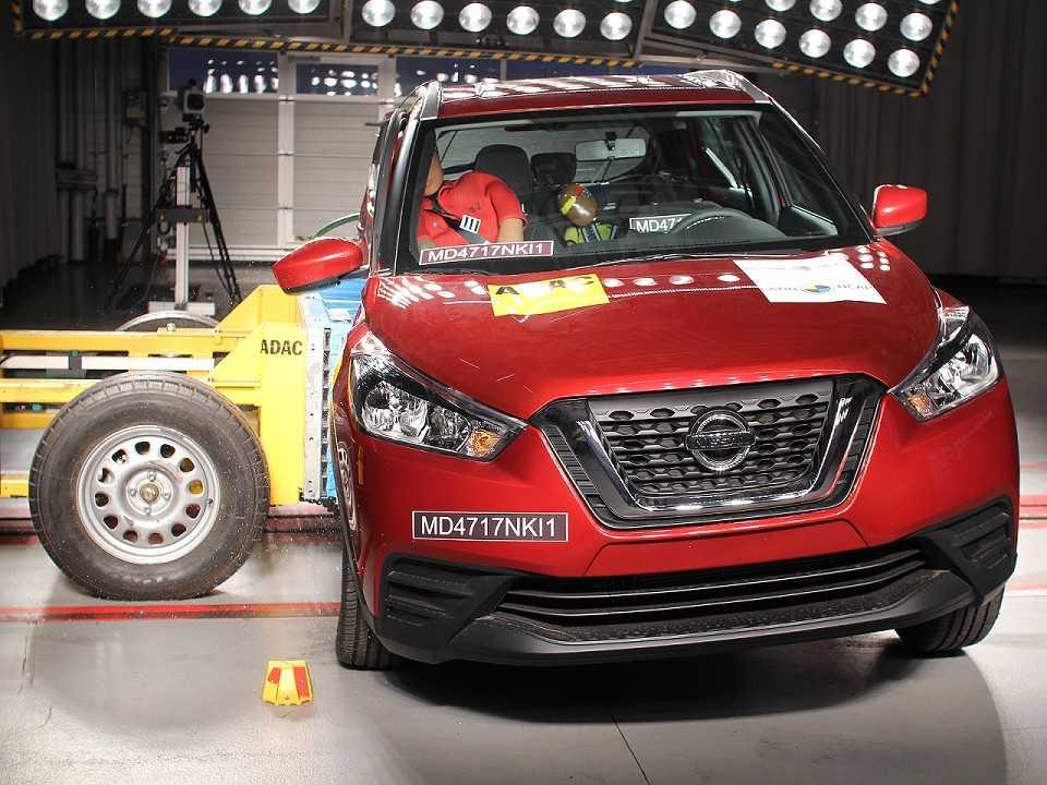 Nissan Kicks durante avaliação do Latin NCAP