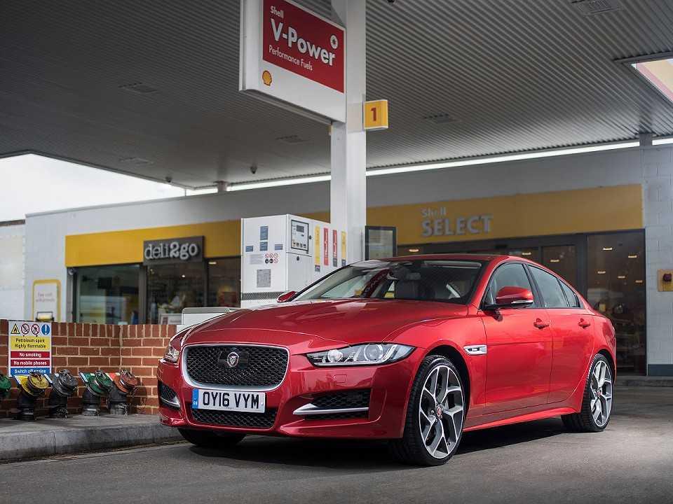 Serviço de abastecimento da Jaguar em parceria com a Shell