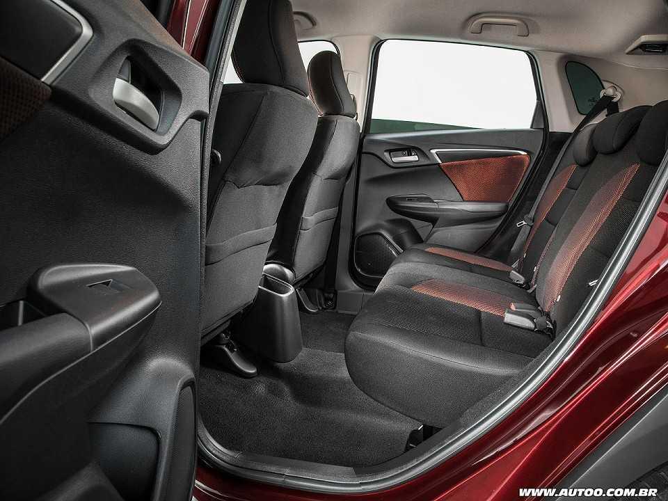 HondaWR-V 2017 - bancos traseiros