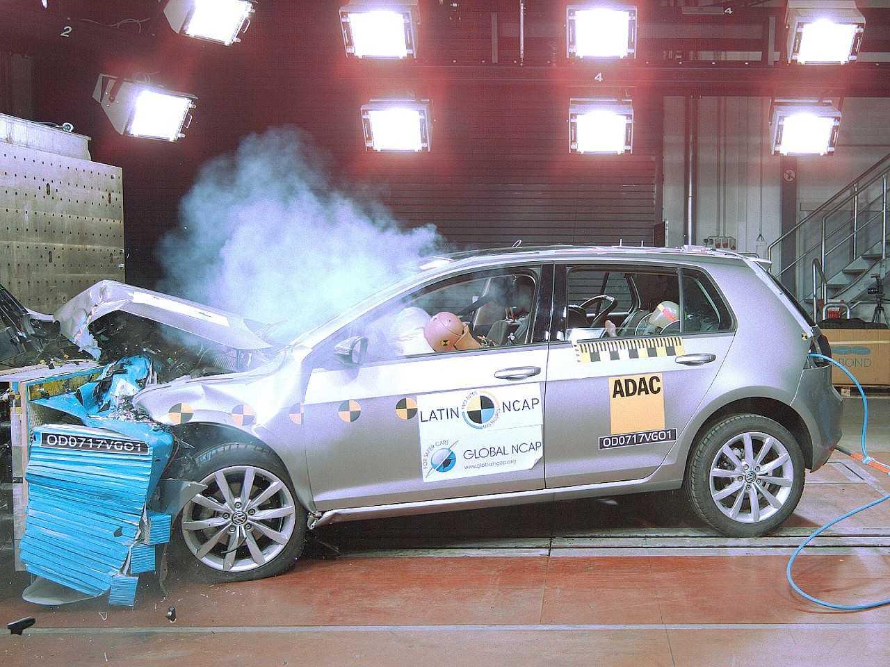 Avaliado com padrões mais rígidos, Volkswagen Golf obtém classificação máxima de segurança pelo Latin NCAP