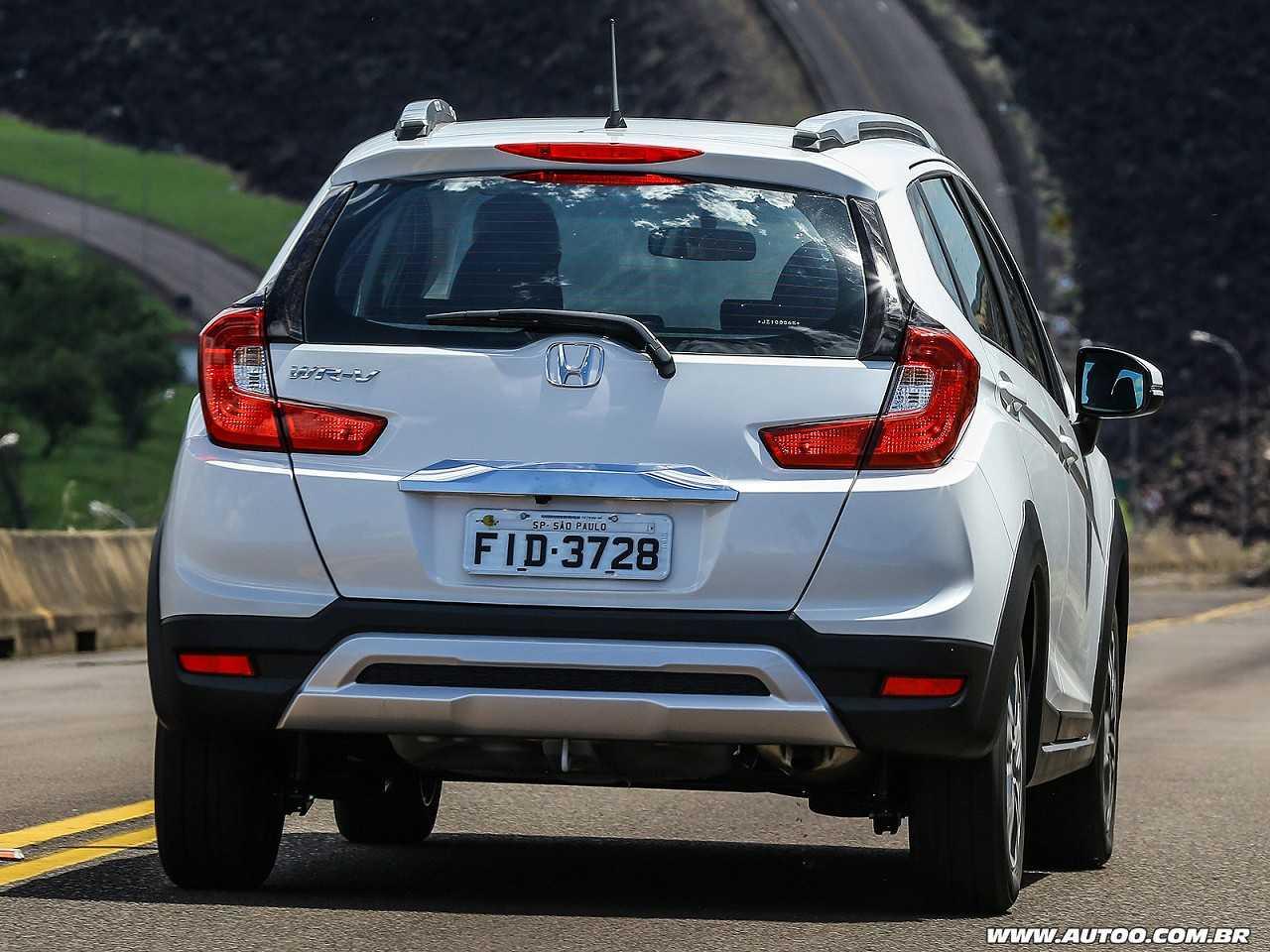 HondaWR-V 2018 - ângulo traseiro
