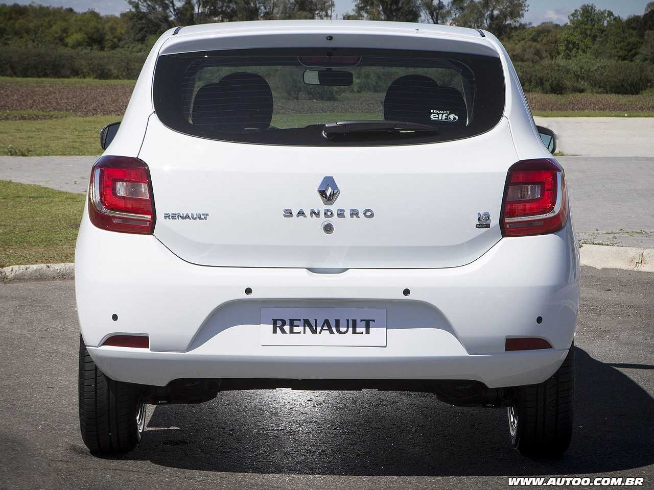 RenaultSandero 2017 - traseira