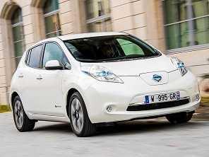 Papa Francisco adere aos carros elétricos