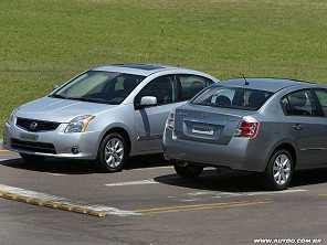 Um Honda Fit 2011 ou um Nissan Sentra S 2010?