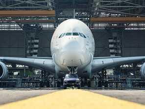 Porsche Cayenne bate recorde ao rebocar um Airbus A380