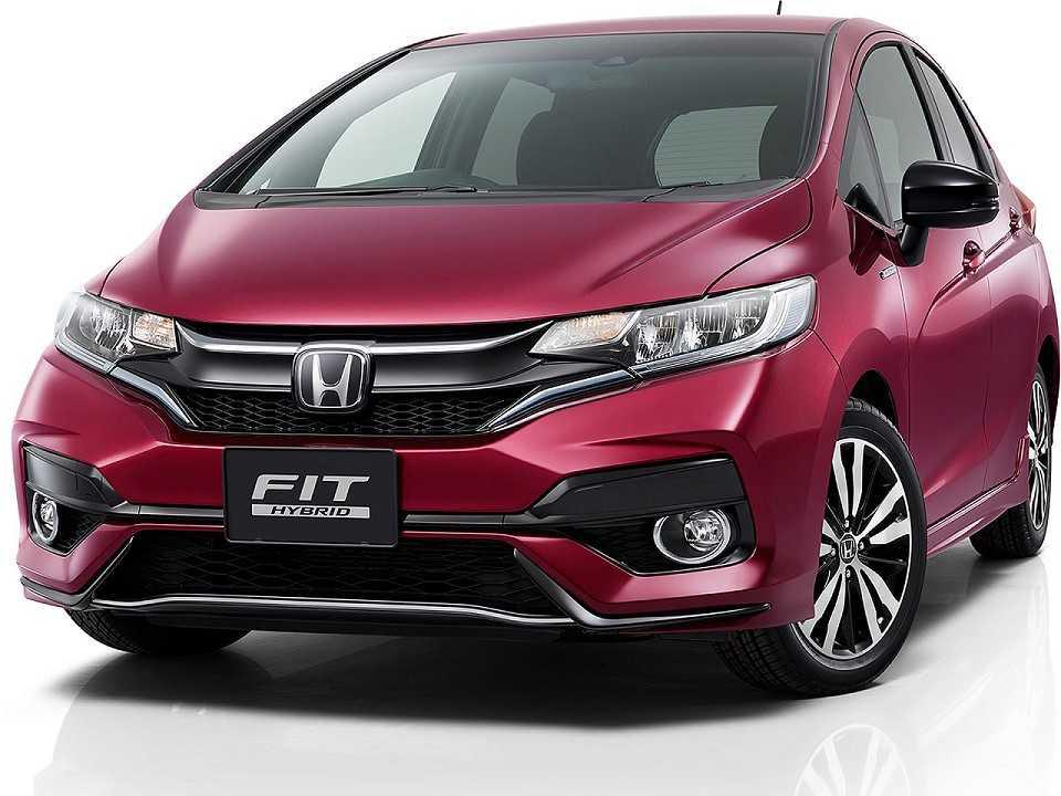 Acima o facelift para a geração atual do Honda Fit revelado pela marca no Japão