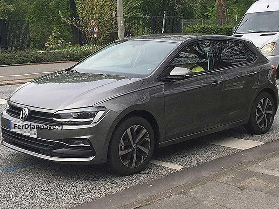 Volkswagen Polo 2018 flagrado sem nenhum disfarce