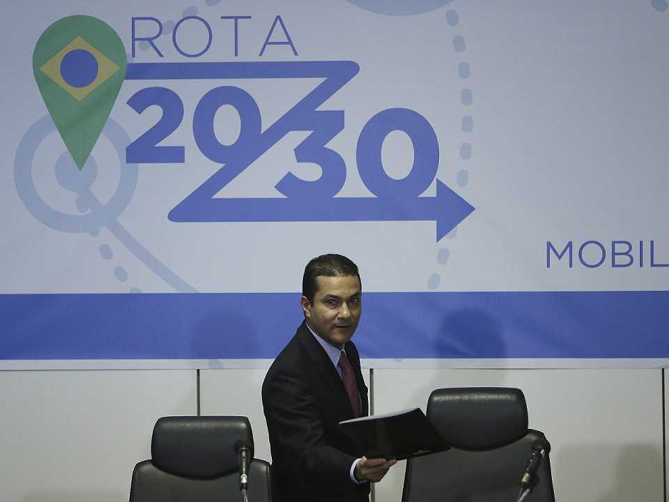 Ministro Marcos Pereira durante o anúncio do Rota 2030 em abril deste ano