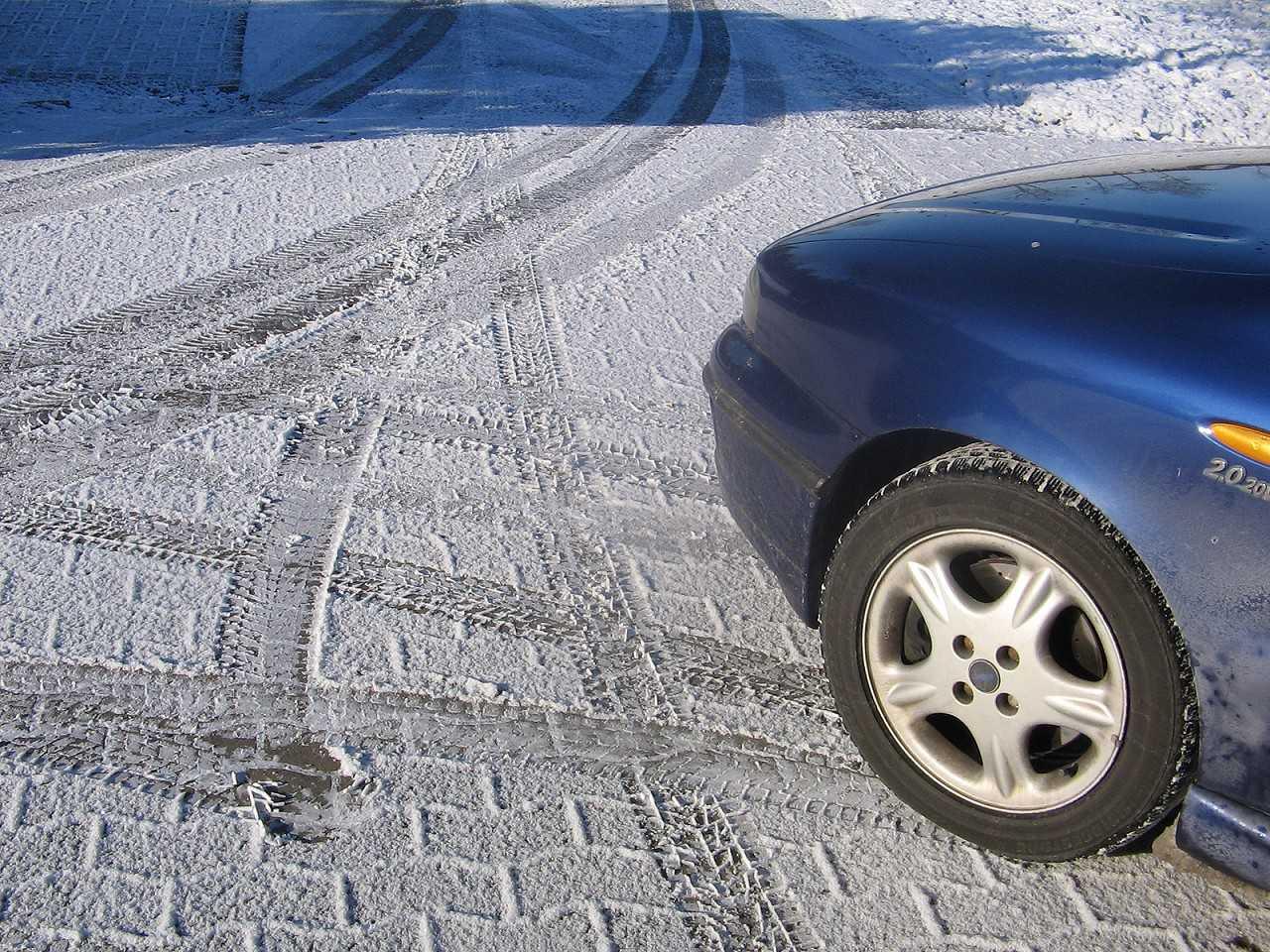 Carro requer alguns cuidados especiais no inverno