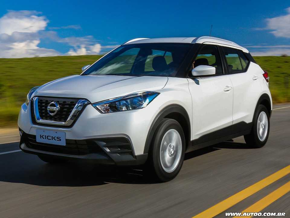 teste nissan kicks 1 6 s manual autoo. Black Bedroom Furniture Sets. Home Design Ideas