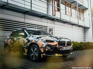 Antes de Frankfurt, BMW X2 aparece camuflado em imagens oficiais