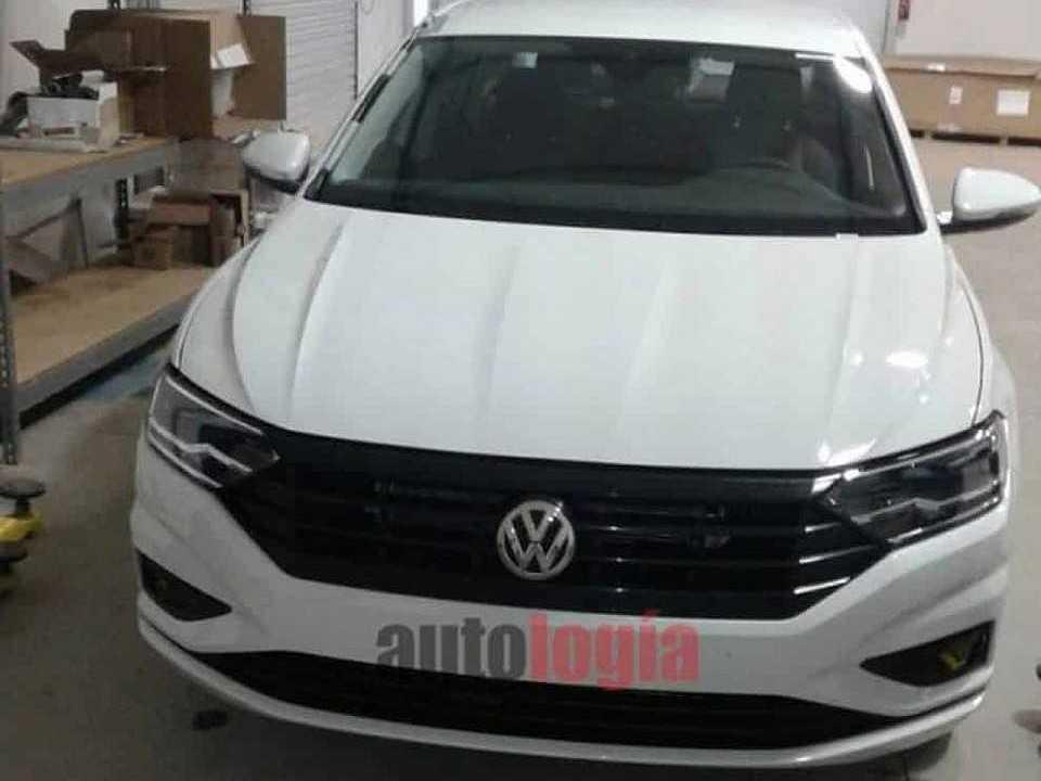Nova geração do Volkswagen Jetta tem as primeiras imagens sem disfarce reveladas